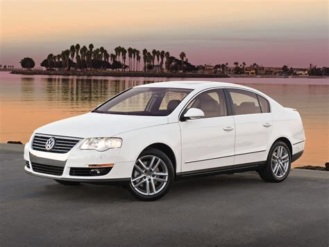 Fast Cars 2010 Volkswagen Passat Sedan Wallpapers