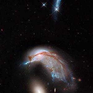 Hubble Sees Angels - Pics about space