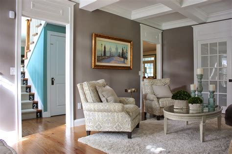 The Yellow Cape Cod How To Match A Potterybarn Distressed