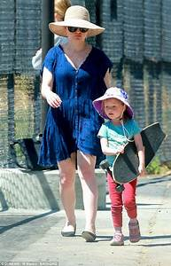 Anna Paquin and Stephen Moyer enjoy day with their twins ...