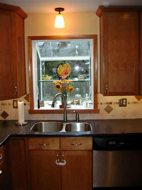 garden window   hinge point   kitchen