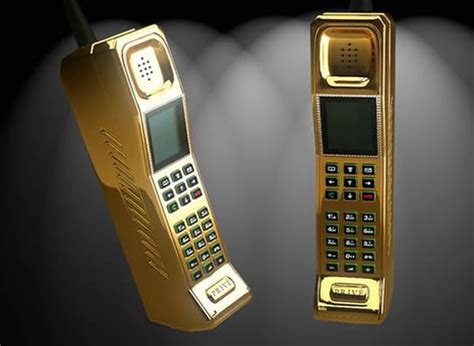 golden phone prive international brings out phones made of solid gold