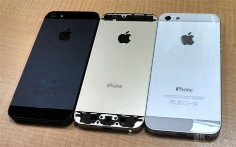 iphone 5 s colors iphone 5s pictured again in gold colour more evidence