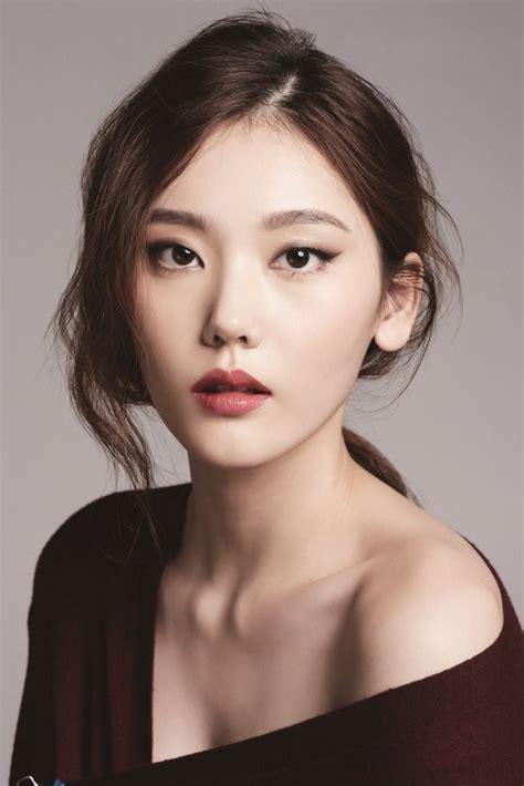 top  makeup tips  asian women pretty designs