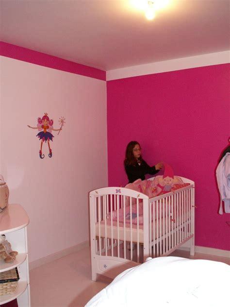 chambre fushia déco chambre fillette de 4 ans