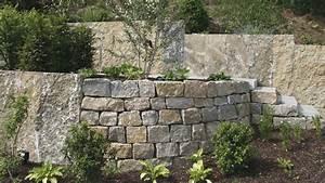Gartenmauern Aus Naturstein : bruchsteine mauersteine daneben krustenplatten aus ~ Sanjose-hotels-ca.com Haus und Dekorationen