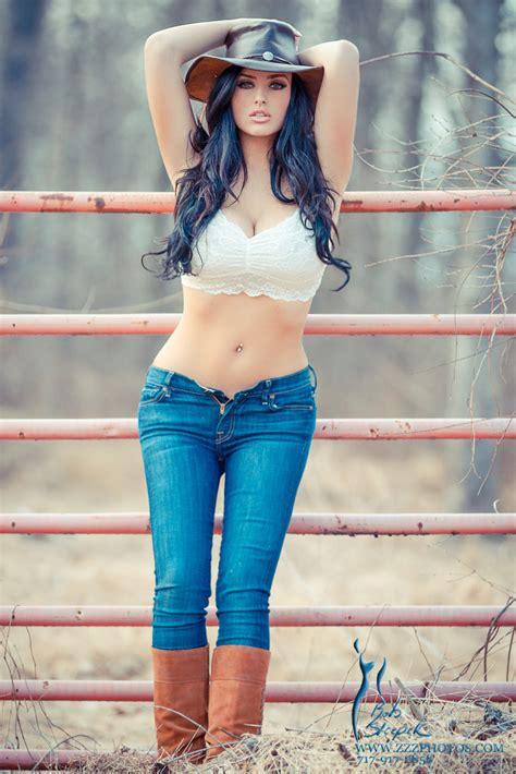 abigail ratchford in jeans urbasm