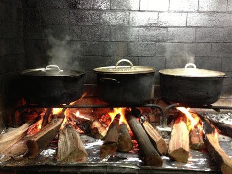 cuisine créole au feu de bois picture of la bonne