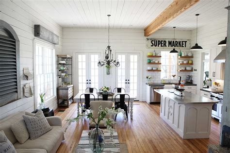 Cheap Dining Table Sets Under 100 by What Is Chip And Joanna Gaines S From Hgtv Quot Fixer Upper