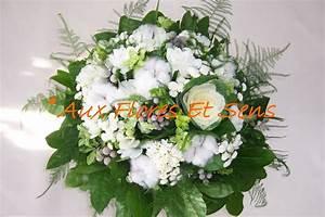 Bouquet Fleur De Coton : bouquet rond avec fleurs de coton photo de 1 les bouquets ronds aux flores et sens ~ Teatrodelosmanantiales.com Idées de Décoration