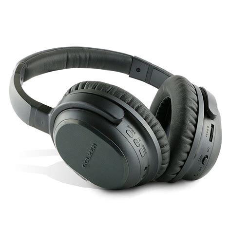 Top 10 Best Noise Cancelling Headphones Under 100 & 200