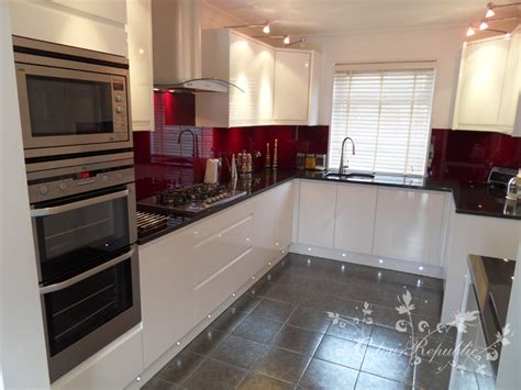 tiles to go with white gloss kitchen plinth light spacing helpppppppp 9798