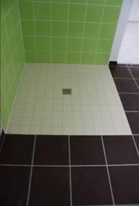 Comment Faire Une Douche à L Italienne : comment faire une chape en pente pour douche italienne ~ Melissatoandfro.com Idées de Décoration