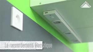 comment poser un eclairage de meuble haut leroy merlin With carrelage adhesif salle de bain avec lampe neon led
