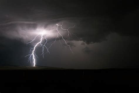 Boat Safety During Thunderstorm by How To Stay Safe In A Severe Thunderstorm Geico