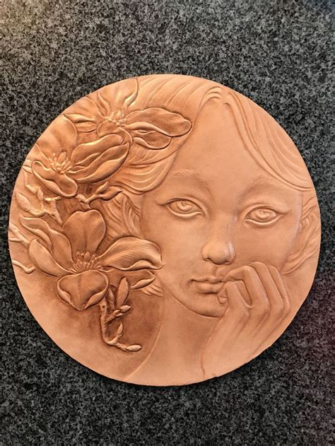 spring flowers  girl figure carvingleathercarving