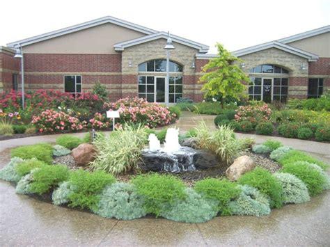gartengestaltung pflegeleichte gärten 80 pflegeleichter garten ideen zum entlehnen und inspirieren