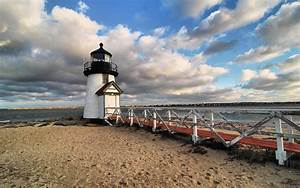 Nantucket Bed and Breakfast :: Walk to the Beach, Downtown