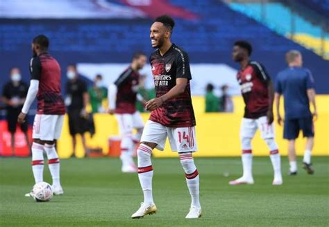 Report: Arsenal fans receive a good update on Aubameyang's ...