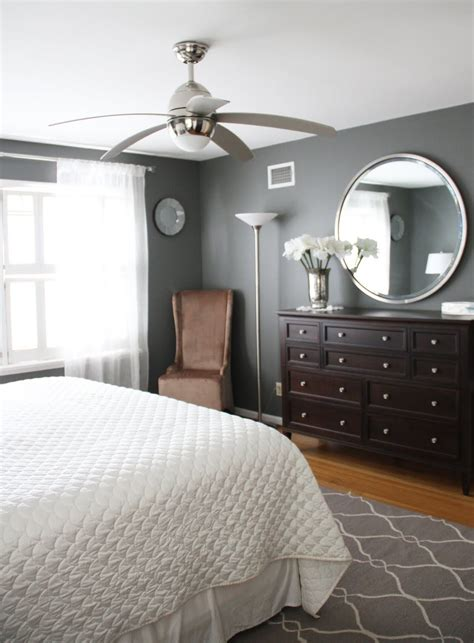 Schlafzimmer Grau Braun by Benjamin S Amherst Grey The Paint Color Just