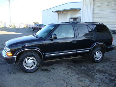 Black Chevrolet Blazer Arrowhead Towing