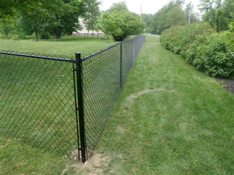 Chain Link And Vinyl Coated Fences