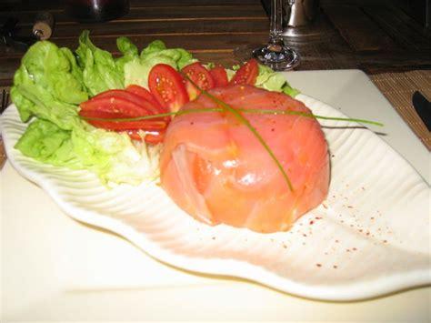 habit de cuisine tartare de saumon en habit de saumon fumé facile