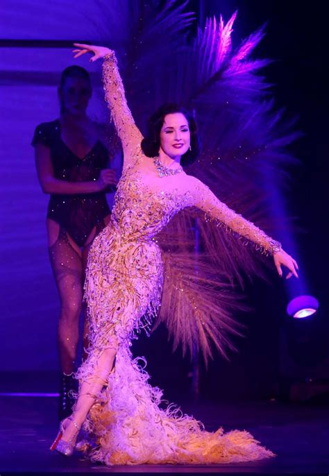 Burlesque Goddess Dita Von Teese Topless Sexy Pics U Need To See Scandal Planet