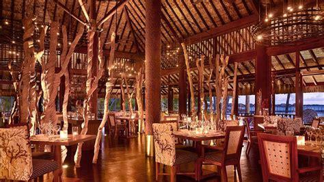 bora seasons four resort french polynesia moana arii restaurant bungalows overwater restaurants hotel dining season beach interior luxury fourseasons borabora