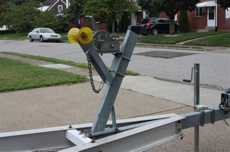 Boat Trailer Winch Adjustment by Boat Sitting Far Back On Bunks Page 2 The Hull