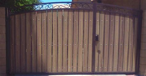 decorative arched rv gate  uneven split  gates