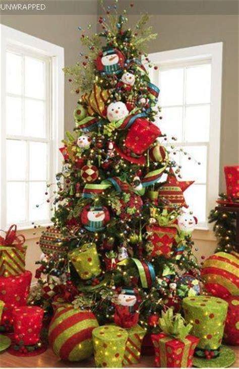 decoracion de arboles con cinta pinos de navidad 2017 2018 decoracion de interiores