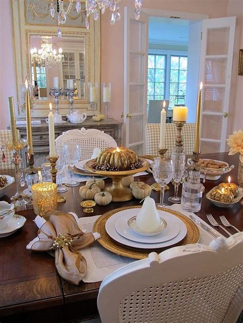 cozy  eye catching thanksgiving table settings