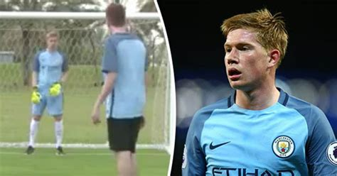 Man City superstar Kevin De Bruyne tries hand at ...