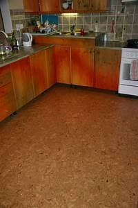 Korková podlaha do kuchyne