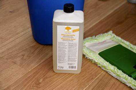 Pvc Boden Pflege by Linoleum Pflege Linoleum Pflege Reinigung Und Pflege With