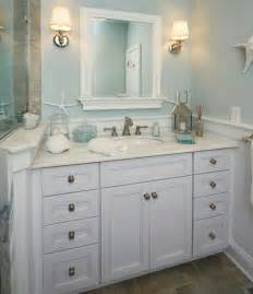 beach theme bathroom i like the mirror and wall color