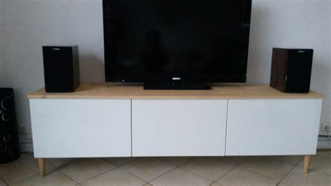 bureau en bois blanc meuble tv avec besta ikea bidouilles ikea