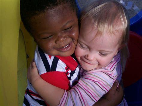 nursery school improves a child s emotional development 457 | Flamingos03