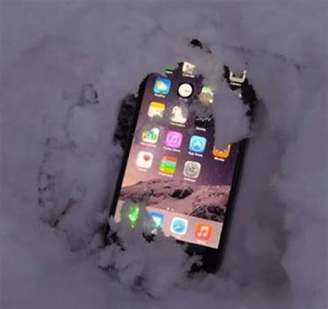 why is my iphone frozen how to fix iphone froze up in cold weather