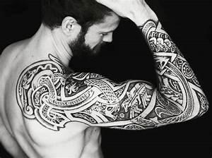 Tatouage Bras Complet Homme : tatouage viking bras homme ~ Dallasstarsshop.com Idées de Décoration