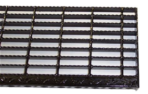 Serrated Bar Grating Stair Treads, Galvanized Treads