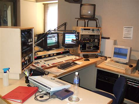 modern radio station file kohl radio station jpg
