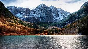 Maroon Bells And Crater Lake