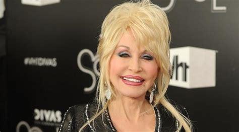 Hamil Muda Lagu Dangdut Dolly Parton Bangga Dengan Masa Kecilnya Yang Miskin