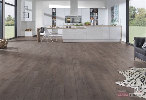 Classic Laminate Floors  Eurotrend San Diego Oak