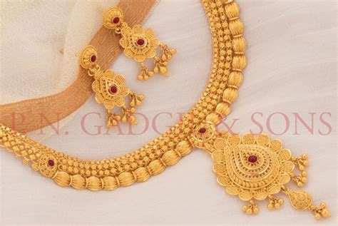 Wedding Jewelry Gold : Amazon, Flipkart Drawn By Online Jewellery Segment Bling