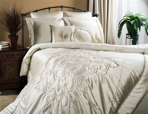 1000+ Images About Solid Color Bedding On Pinterest
