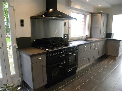 cuisine high cuisine moderne laquée gris patine gris foncé gilles martel