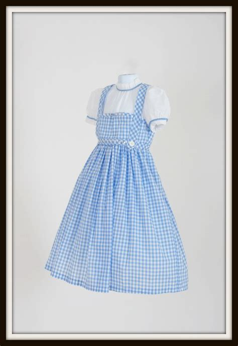 gingham sleeve dress dorothy costume sew a wizard of oz costume